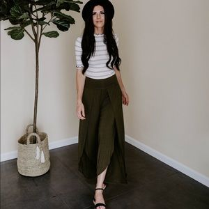 The Tulip Pant - Olive